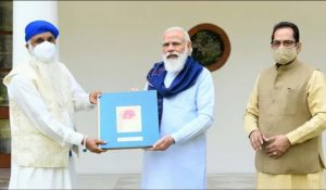 PM Modi releases book on the Life of Sri Guru Nanak Dev ji_50.1