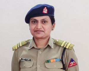 Vaishali Hiwase becomes 1st woman to be appointed officer commanding in BRO_50.1