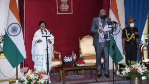 Mamata Banerjee takes oath as West Bengal CM for the 3rd consecutive time_50.1