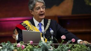 Ecuador's Lasso sworn in as first right-wing leader in 14 years_50.1