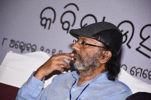 Odia poet Rajendra Kishore Panda bags Kuvempu Rashtriya Puraskar_50.1