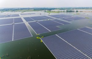 Singapore unveils one of the world's biggest floating solar panel farms_50.1