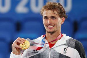 Alexander Zverev wins gold in men's singles tennis at Tokyo Olympics 2020_50.1