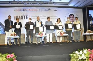 Nitin Gadkari launches AI-powered road safety project 'iRASTE'_50.1