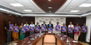 LIC Launches Mobile App 'PRAGATI' for Development Officers_50.1