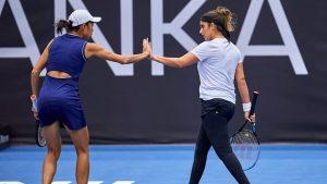 Sania Mirza & Zhang Shuai Win Ostrava Open WTA Doubles Title_50.1